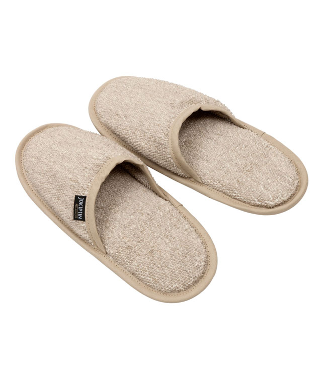 Slippers: Kuusi natural
